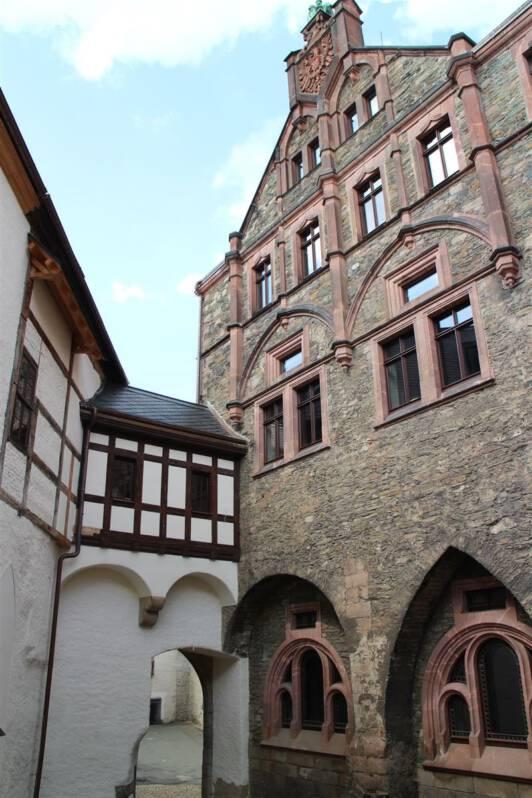Der Innenhof der Burg Mylau mit Museum