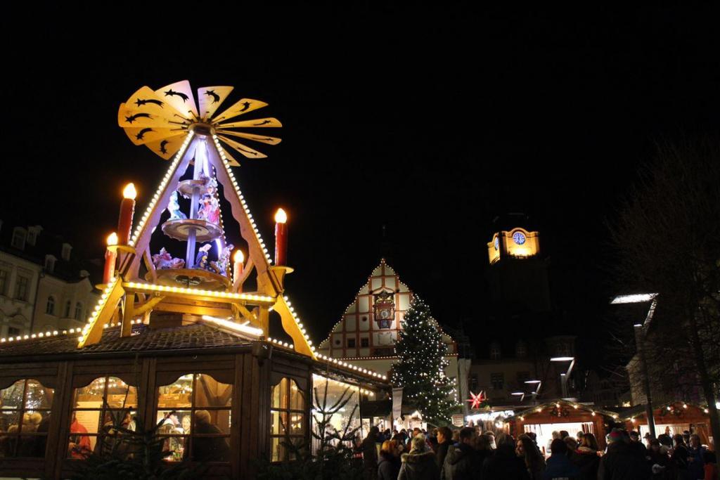 Ausflugsziel in der Weihnachtszeit - der Weihnachtsmarkt in Plauen / Vogtland