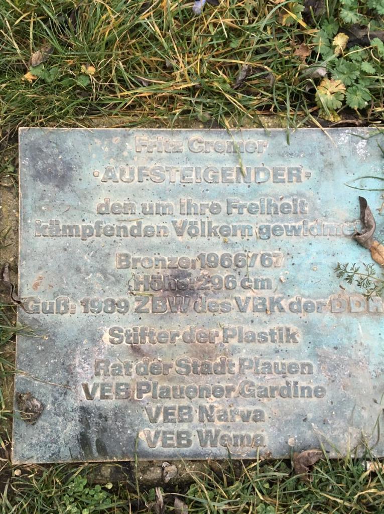 Fritz Cremer Plastik Aufsteigender in Plauen