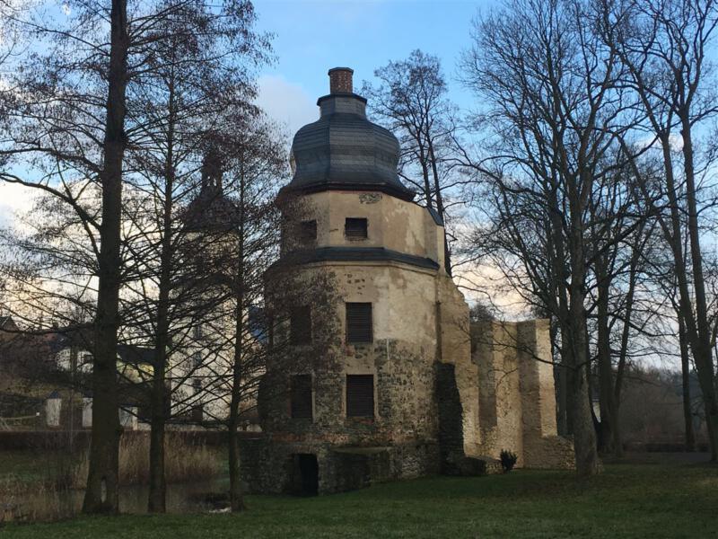 Rund um das Wasserschloss Geilsdorf – unterwegs im Burgsteingebiet