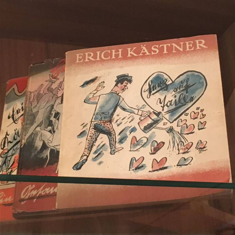Werke von Erich Kästner mit Zeichnungen von Erich Ohser