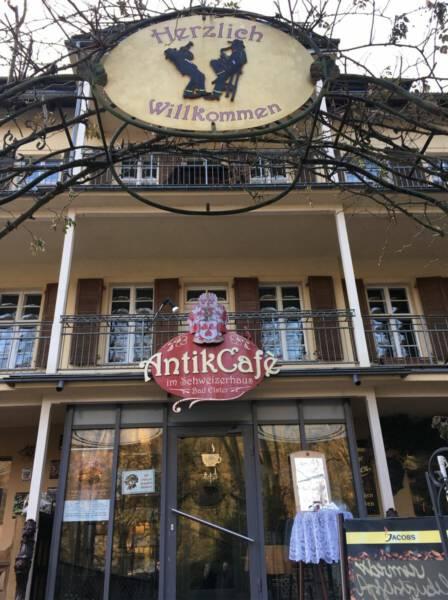 Café Bad Elster - Das Antik Café im Schweizerhaus in der Badstraße, Bad Elster