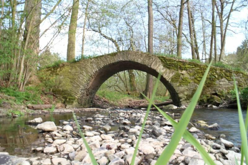 Schafbrücke - eine Steinbogenbrücke im Vogtland - Ausflug / Wanderung