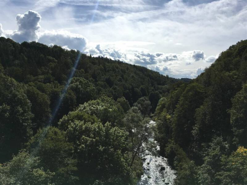 Aussichtspunkte im Vogtland - Blick von der Elstertalbrücke ins schöne Elstertal