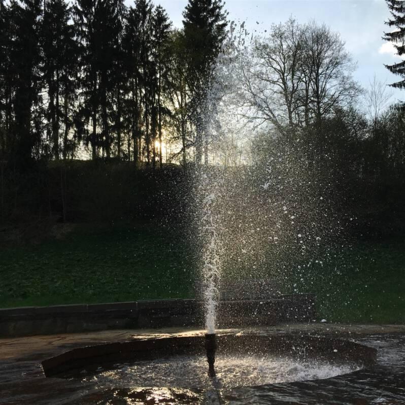 Ausflugstipp: Wanderung zur Thermalquelle an der Neumühle im Kemnitzbachtal | Vogtland Zauber