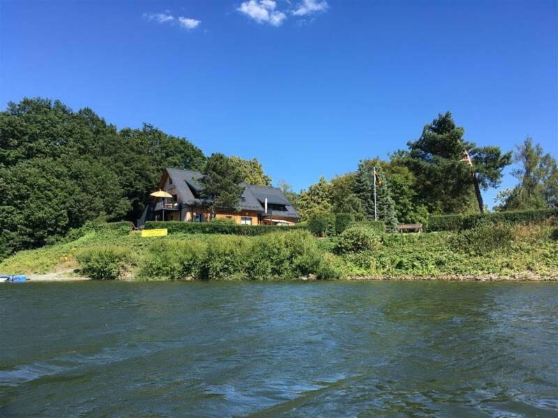 Ausflugsziel im Vogtland / Sachsen - Talsperre Pöhl - Schlosshalbinsel