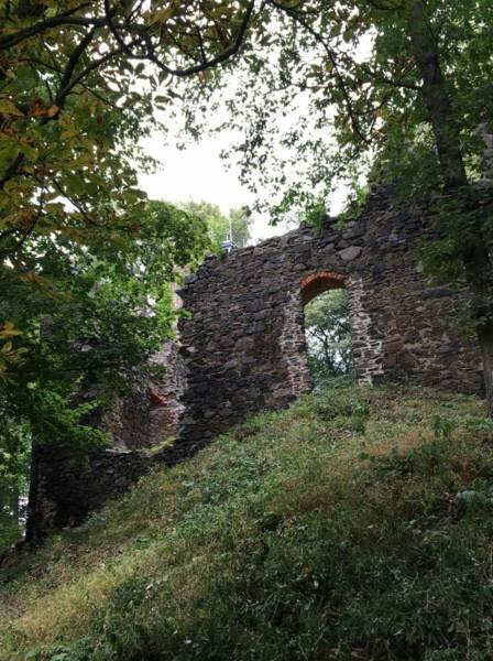 Ausflugsziel Burgruine Liebau unweit der Talsperre Pöhl im Vogtland