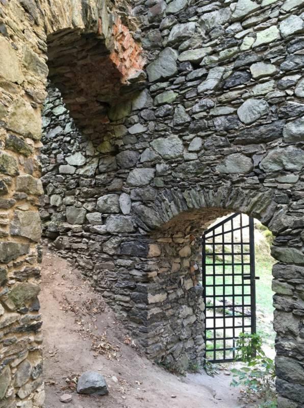 Ausflugstipp: Burg Engelshaus Andelska Hora Kulturweg der Vögte