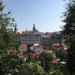 Burg Loket und die malerische Stadt auf dem Felsen
