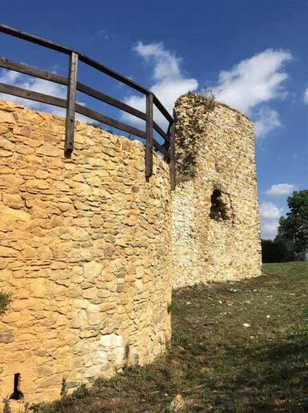 Burg Ruine Hartenstein in Bochov