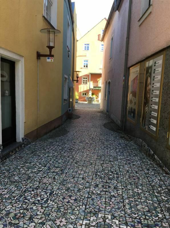 Selb - Ausflug in die Stadt des Porzellan in Bayern - Porzellangasse