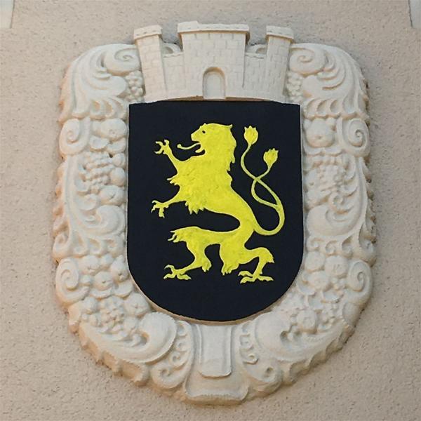 Das Stadtwappen von Auerbach am Schloss