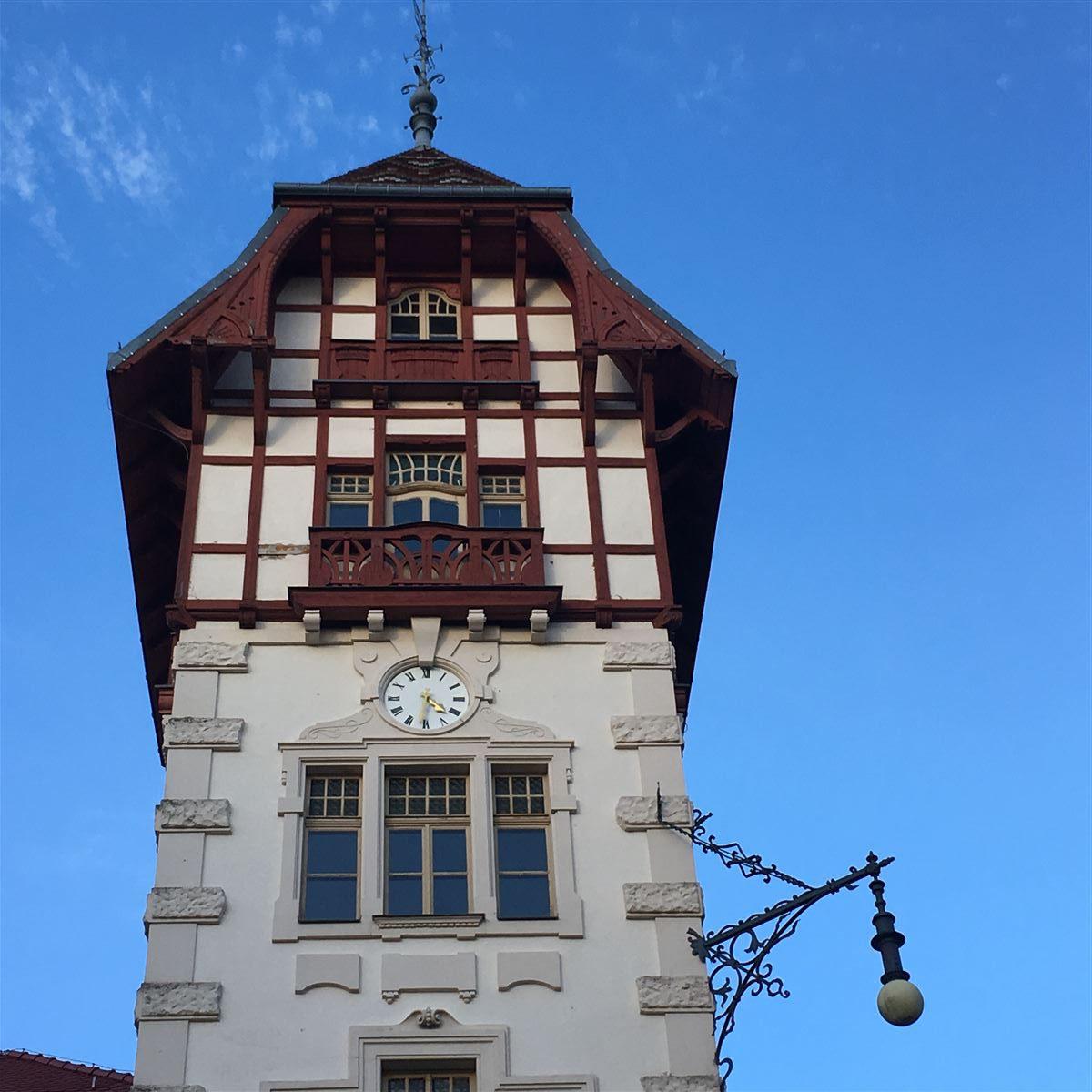 Der Uhrenturm am Wirtschaftsgebäude Theresienstein in Hof
