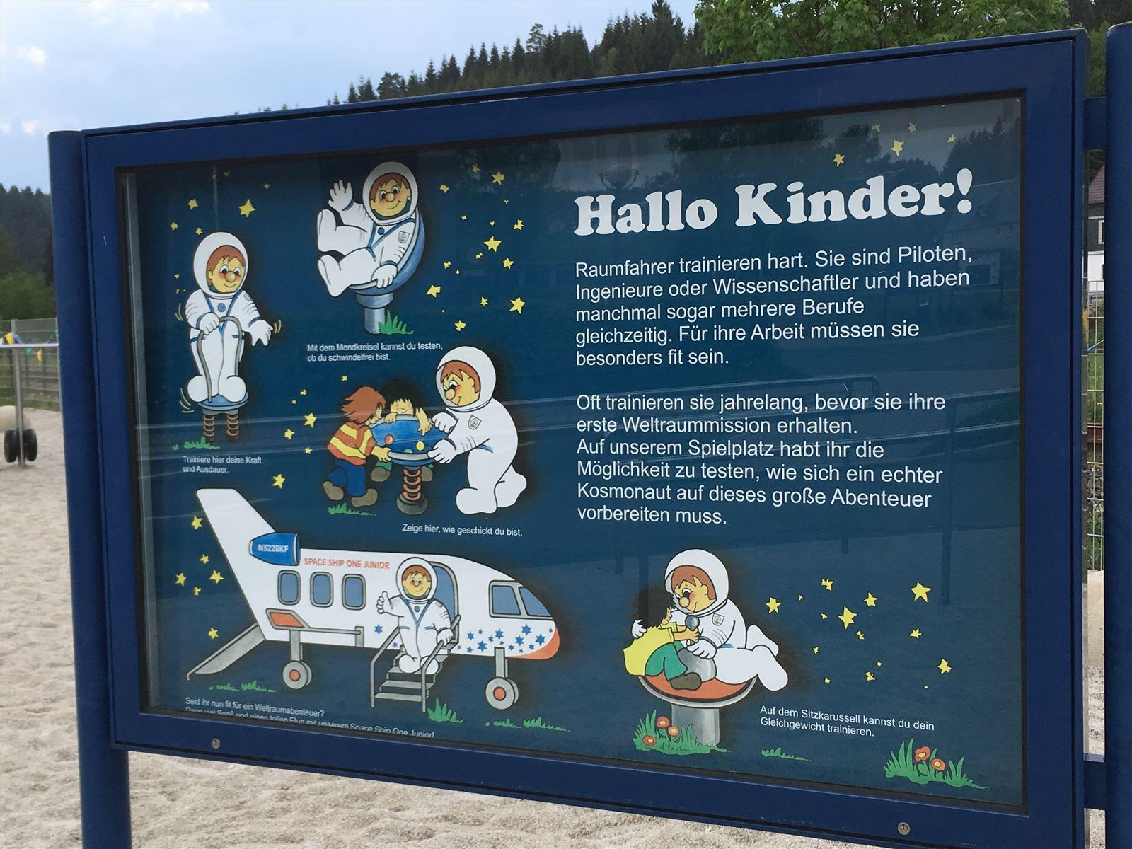Ausflug mit Kindern in den Sommerferien  - Weltraumausstellung Morgenröthe-Rautenkranz in Sachsen