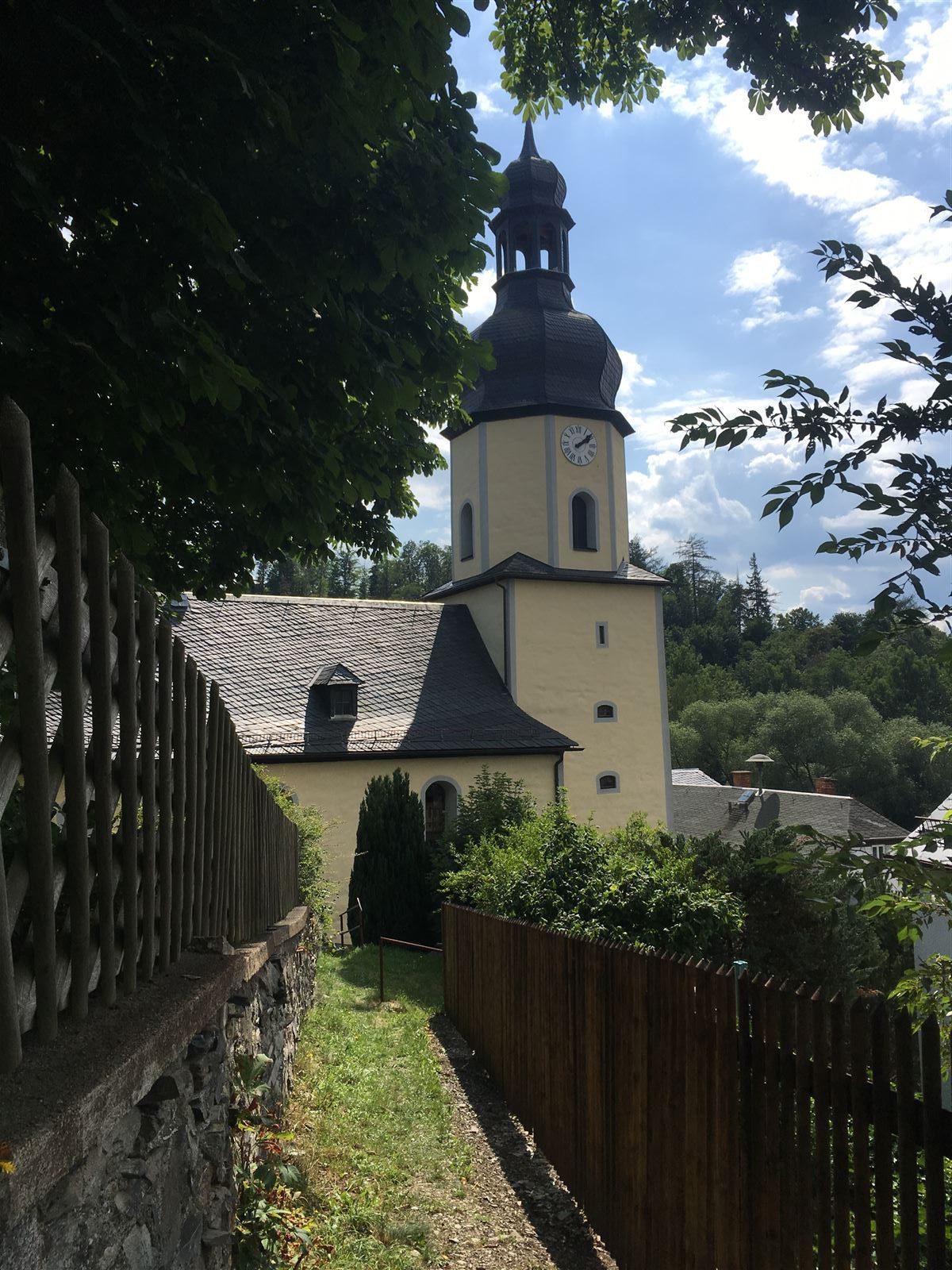 Blick zur Kirche von Sparnberg