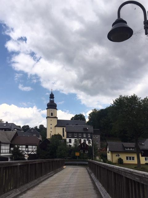 Kirche und Brücke in Sparnberg