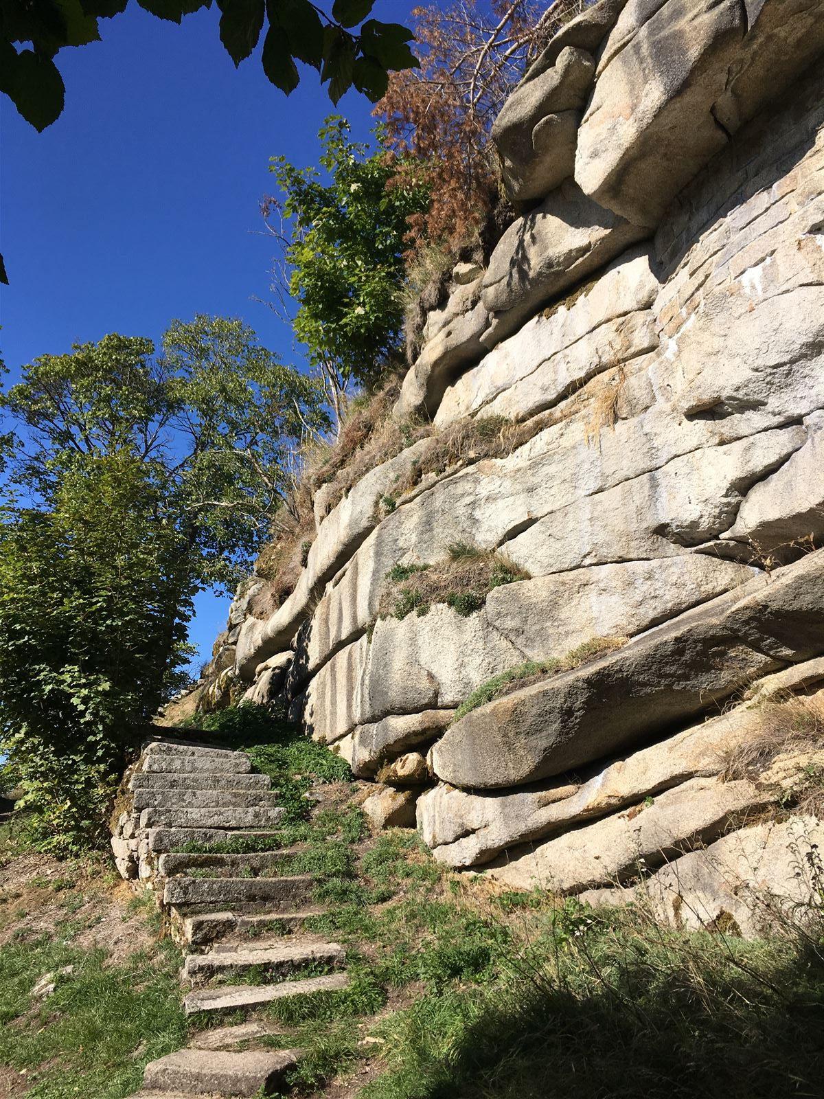 Auch die Stufen zur Burg Epprechtstein haben wir heute noch dem Besuch des Königspaares zu verdanken