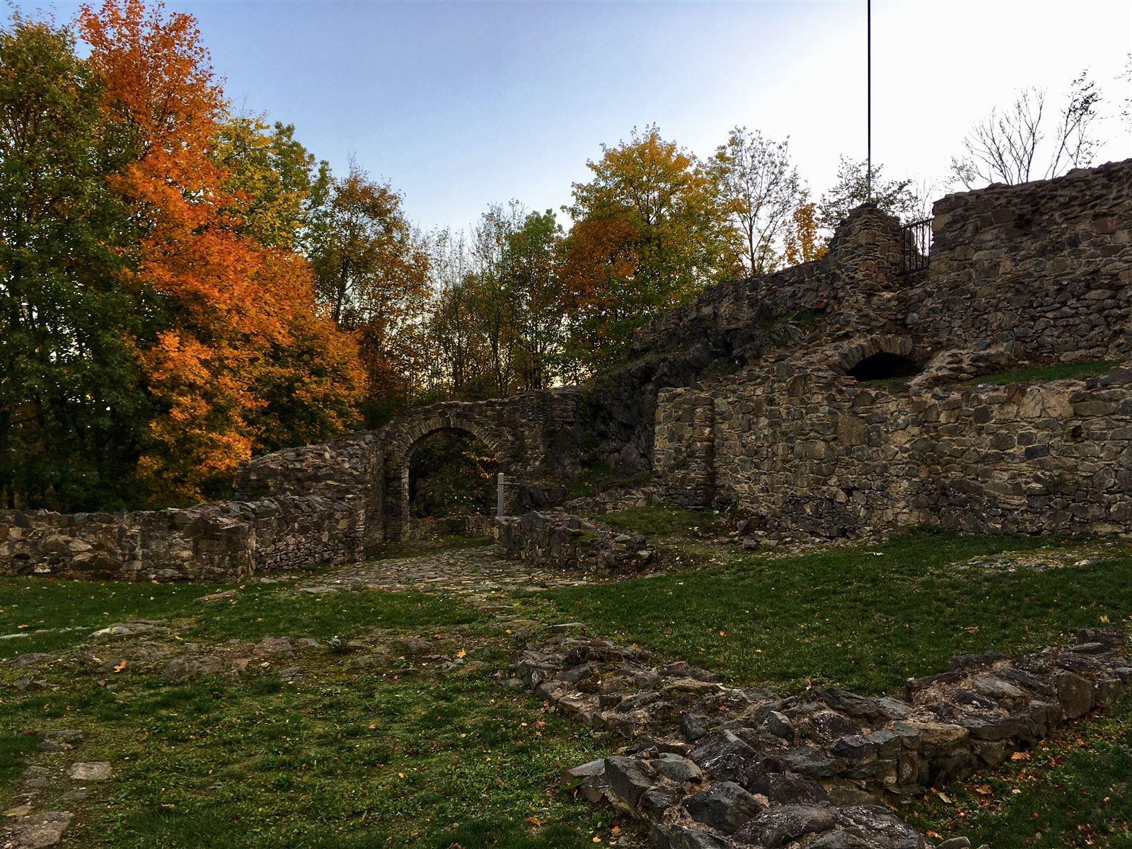 Ruine der Burg Blankenberg als Teil des Kulturweg der Vögte