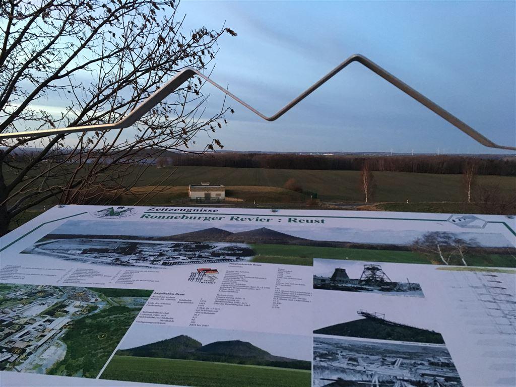 Blick auf die Neue Landschaft Ronneburg vom Reuster Berg